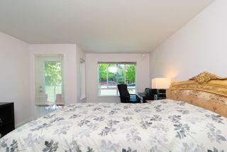 Photo 12: 217 6707 SOUTHPOINT Drive in Burnaby: South Slope Condo for sale (Burnaby South)  : MLS®# R2457751