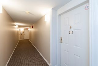 Photo 3: 217 6707 SOUTHPOINT Drive in Burnaby: South Slope Condo for sale (Burnaby South)  : MLS®# R2457751