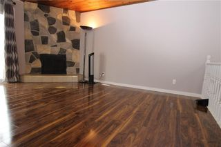 Photo 6: A 1427 43 Street SE in Calgary: Forest Lawn Row/Townhouse for sale : MLS®# C4291024