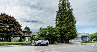 Photo 25: 2070 FULTON Avenue in West Vancouver: Ambleside 1/2 Duplex for sale : MLS®# R2488830