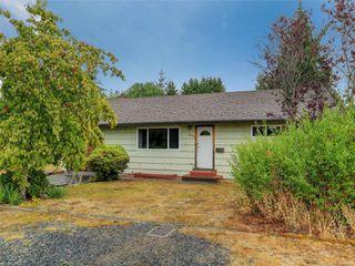 Photo 1: 978 Bray Ave in : La Langford Proper House for sale (Langford)  : MLS®# 857429