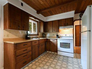 Photo 10: 978 Bray Ave in : La Langford Proper House for sale (Langford)  : MLS®# 857429