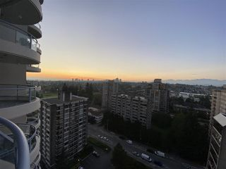 "Photo 4: 1902 739 PRINCESS Street in New Westminster: Uptown NW Condo for sale in ""Berkley Place"" : MLS®# R2507419"