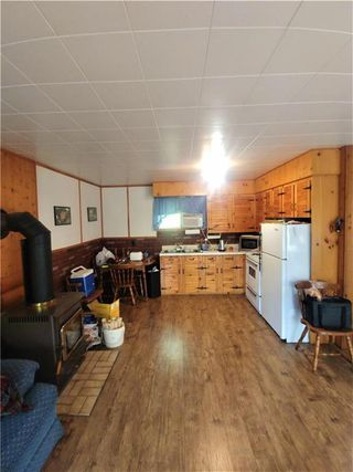 Photo 2: 2 Rabbit Bay in Lake Manitoba: R31 Residential for sale (R31 - Parkland)  : MLS®# 202100877