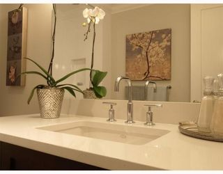"Photo 10: #2 1891 Marine in West Vancouver: Ambleside Condo for sale in ""Park view place"" : MLS®# V796758"