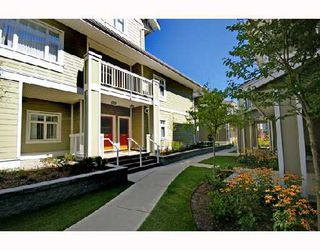 """Photo 1: 154 7388 MACPHERSON Avenue in Burnaby: Metrotown Townhouse for sale in """"ACACIA GARDENS"""" (Burnaby South)  : MLS®# V666293"""