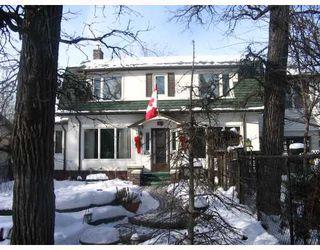 Photo 1: 99 KENASTON Boulevard in WINNIPEG: River Heights / Tuxedo / Linden Woods Residential for sale (South Winnipeg)  : MLS®# 2801078