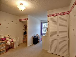 Photo 14: 18324 71 Avenue in Edmonton: Zone 20 House for sale : MLS®# E4172959