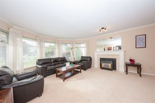 Photo 2: 15667 93A Avenue in Surrey: Fleetwood Tynehead House for sale : MLS®# R2410162