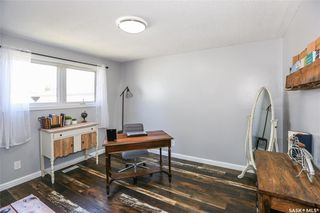 Photo 9: 38 Dominion Crescent in Saskatoon: Confederation Park Residential for sale : MLS®# SK797921
