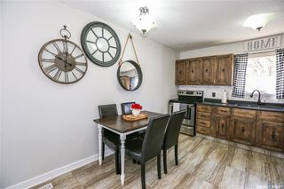 Photo 5: 38 Dominion Crescent in Saskatoon: Confederation Park Residential for sale : MLS®# SK797921
