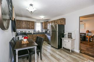 Photo 6: 38 Dominion Crescent in Saskatoon: Confederation Park Residential for sale : MLS®# SK797921
