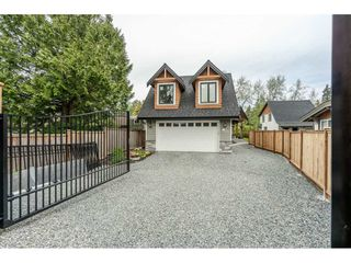 Photo 4: 1 23165 OLD YALE Road in Langley: Campbell Valley House for sale : MLS®# R2454342