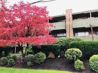 "Main Photo: 204 33400 BOURQUIN Place in Abbotsford: Central Abbotsford Condo for sale in ""BAKERVIEW PLACE"" : MLS®# R2476938"