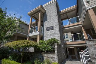 "Photo 2: 208 943 W 8TH Avenue in Vancouver: Fairview VW Condo for sale in ""Southport"" (Vancouver West)  : MLS®# R2487297"