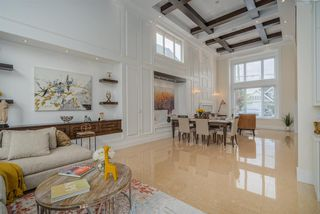 Photo 2: 9531 DIAMOND Road in Richmond: Seafair House for sale : MLS®# R2489948