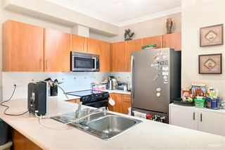 Photo 9: 4 730 FARROW Street in Coquitlam: Coquitlam West Townhouse for sale : MLS®# R2490640