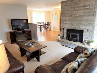 Photo 3: 352 Terence Bay Road in Whites Lake: 40-Timberlea, Prospect, St. Margaret`S Bay Residential for sale (Halifax-Dartmouth)  : MLS®# 202019033