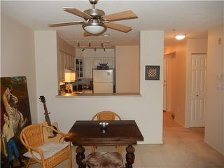Photo 9: 204 1576 MERKLIN Street in White Rock: Home for sale : MLS®# F1432171