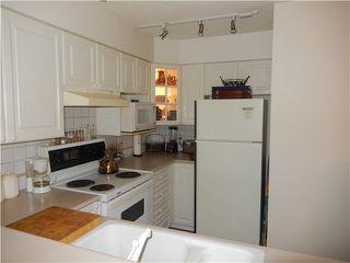 Photo 10: 204 1576 MERKLIN Street in White Rock: Home for sale : MLS®# F1432171