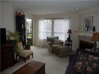 Photo 3: 204 1576 MERKLIN Street in White Rock: Home for sale : MLS®# F1432171