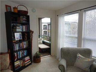 Photo 6: 204 1576 MERKLIN Street in White Rock: Home for sale : MLS®# F1432171