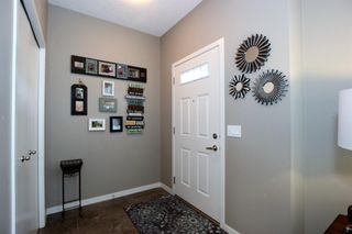 Photo 5: 32 COPPERPOND Close SE in Calgary: Copperfield Row/Townhouse for sale : MLS®# A1043310