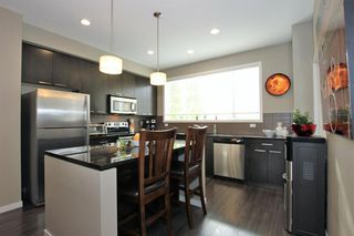 Photo 12: 32 COPPERPOND Close SE in Calgary: Copperfield Row/Townhouse for sale : MLS®# A1043310