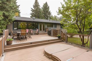 Photo 2: 6714 Leaside Drive SW in Calgary: Lakeview Detached for sale : MLS®# A1058173