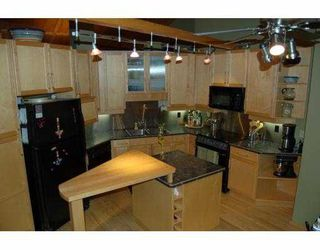 Photo 1: 1268 LAKEVIEW COVE Place in No City Value: Out of Town House for sale : MLS®# V637974