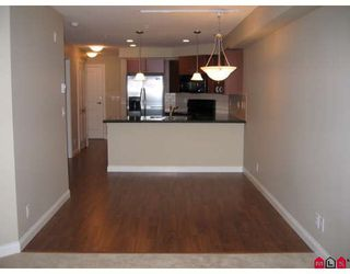 """Photo 4: 210 19730 56TH Avenue in Langley: Langley City Condo for sale in """"MADISON PLACE"""" : MLS®# F2801819"""