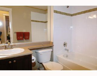"Photo 10: 305 12268 224TH Street in Maple_Ridge: East Central Condo for sale in ""STONEGATE"" (Maple Ridge)  : MLS®# V701629"