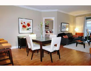"Photo 4: 305 12268 224TH Street in Maple_Ridge: East Central Condo for sale in ""STONEGATE"" (Maple Ridge)  : MLS®# V701629"