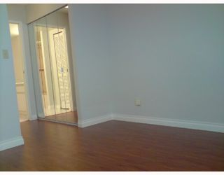 Photo 5: 803 410 CARNARVON Street in New_Westminster: Downtown NW Condo for sale (New Westminster)  : MLS®# V715954