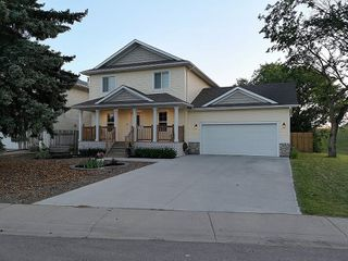 Main Photo: 12448 56 Street in Edmonton: Zone 06 House for sale : MLS®# E4165634