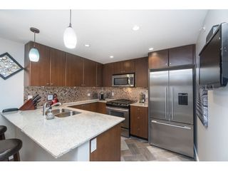 """Photo 7: 2203 280 ROSS Drive in New Westminster: Fraserview NW Condo for sale in """"The Carlyle"""" : MLS®# R2396178"""