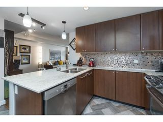 """Photo 8: 2203 280 ROSS Drive in New Westminster: Fraserview NW Condo for sale in """"The Carlyle"""" : MLS®# R2396178"""