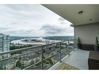 """Photo 2: 2203 280 ROSS Drive in New Westminster: Fraserview NW Condo for sale in """"The Carlyle"""" : MLS®# R2396178"""
