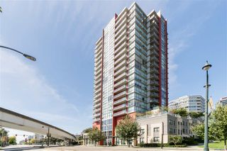 "Photo 15: 1504 125 COLUMBIA Street in New Westminster: Downtown NW Condo for sale in ""Northbank"" : MLS®# R2401099"