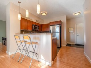 Photo 7: 207 2420 34 Avenue SW in Calgary: South Calgary Apartment for sale : MLS®# C4274549