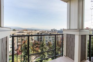 "Photo 13: 303 255 ROSS Drive in New Westminster: Fraserview NW Condo for sale in ""THE GROVE"" : MLS®# R2417529"