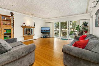 Photo 1: 2496 E 19TH Avenue in Vancouver: Renfrew Heights House for sale (Vancouver East)  : MLS®# R2492471