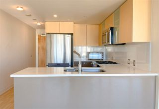 Photo 2: 1601 7080 NO. 3 Road in Richmond: Brighouse South Condo for sale : MLS®# R2492720