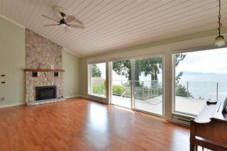 Photo 15: 4957 SUNSHINE COAST HIGHWAY in Sechelt: Sechelt District House for sale (Sunshine Coast)  : MLS®# R2496030