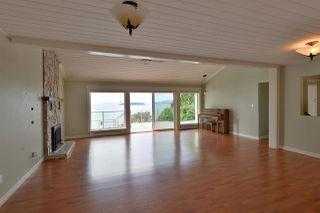 Photo 9: 4957 SUNSHINE COAST HIGHWAY in Sechelt: Sechelt District House for sale (Sunshine Coast)  : MLS®# R2496030