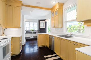 Photo 12: 442 E 2ND Street in North Vancouver: Lower Lonsdale House for sale : MLS®# R2499672