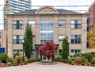 Photo 2: 306 4198 W Dundas Street in Toronto: Edenbridge-Humber Valley Condo for sale (Toronto W08)  : MLS®# W4951061