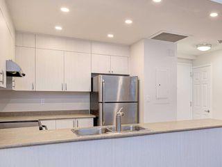 Photo 10: 306 4198 W Dundas Street in Toronto: Edenbridge-Humber Valley Condo for sale (Toronto W08)  : MLS®# W4951061