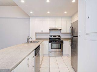 Photo 4: 306 4198 W Dundas Street in Toronto: Edenbridge-Humber Valley Condo for sale (Toronto W08)  : MLS®# W4951061