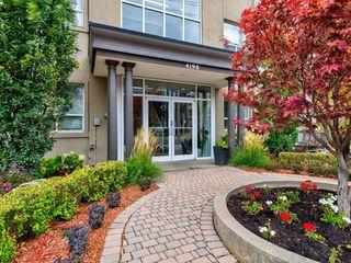 Photo 1: 306 4198 W Dundas Street in Toronto: Edenbridge-Humber Valley Condo for sale (Toronto W08)  : MLS®# W4951061